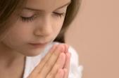 child_prayer3_679979819